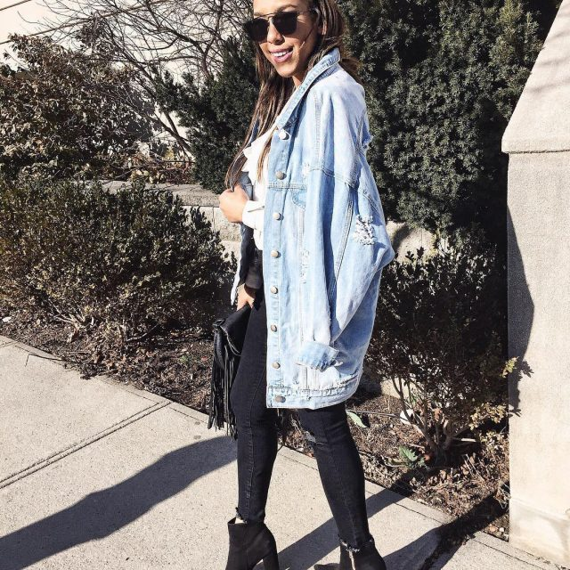 Currently obsessing over this 90s inspired oversized denim jacket! Imhellip