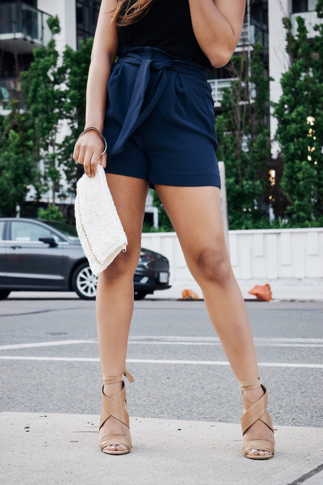 Fashion Blogger Lauren Sheriff From Basic Babe Wearing Shorts From H&M